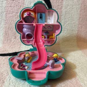 Bluebird Vintage Polly Pocket 1990 Water Fun Park